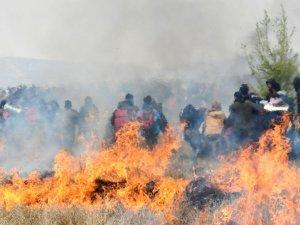 Yunanistan'da göçmenler eylem yaptı. Atina-Selanik seferleri durdu