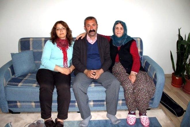 Komünist başkan Fatih Mehmet Maçoğlu kimdir ? Mesleği nedir ? galerisi resim 7