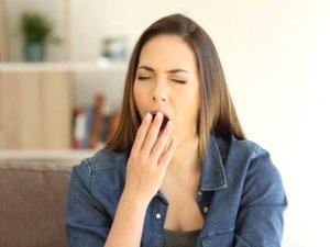 Yemek yedikten sonraki uyku isteği, hastanelik edebilir!