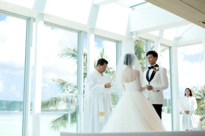 Gelin ve damat düğünün ortasında cinsel ilişkiye giriyor! galerisi resim 8