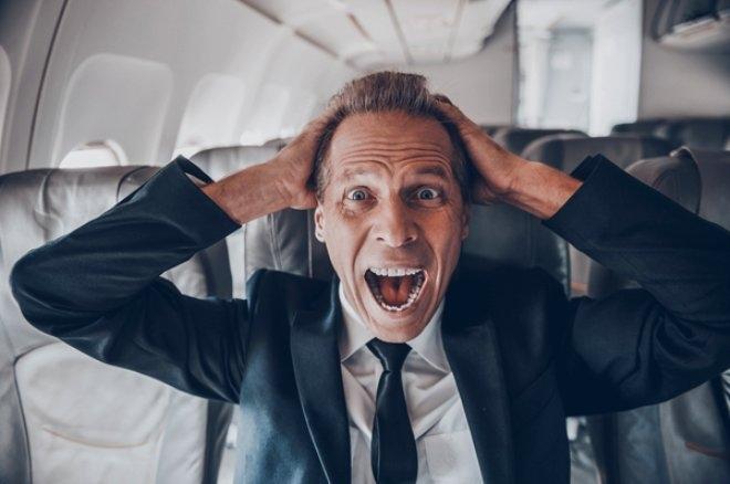 Uçaktayken telefonunuzu uçuş moduna almazsanız ne olur? galerisi resim 4