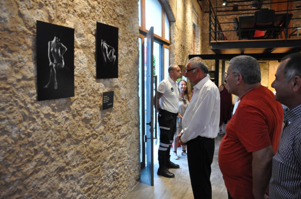 Yıltan Taşçı Nü Sergisi açıldı galerisi resim 1