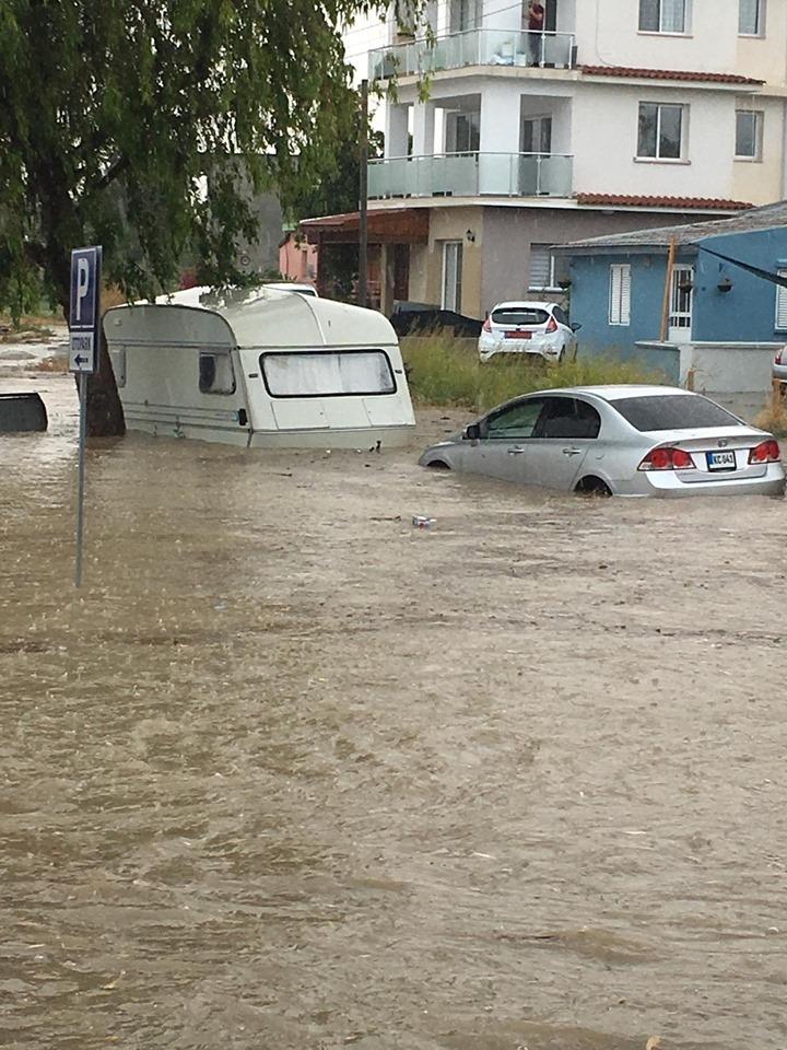 Dikkat bu yollar su taşkınları nedeniyle trafiğe kapalı! galerisi resim 1