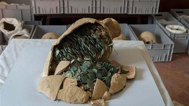 İşçiler su borularının bakımını yaparken buldu: değeri paha biçilemez galerisi resim 6