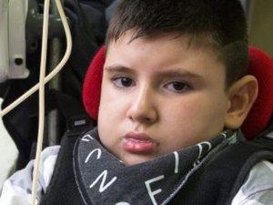 Bozuk burger etini yiyen 10 yaşındaki çocuk hayatını kaybetti