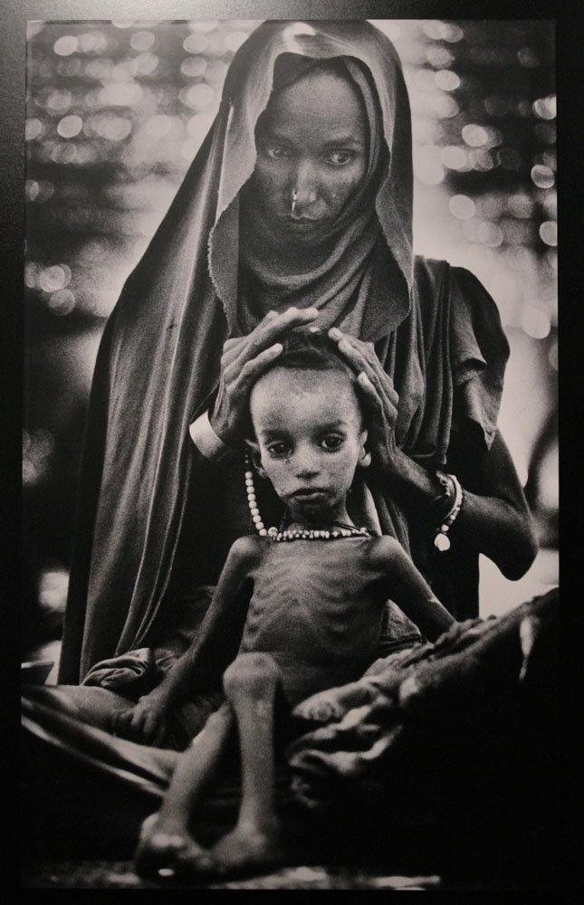 Hikayeleriyle İçinizi Sızlatacak 15 Pulitzer Ödüllü Fotoğraf galerisi resim 6