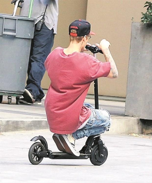 Justin Bieber'ın fotoğrafı beğeni rekor kırdı galerisi resim 14