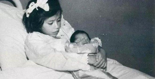 Dünyanın En Küçük Annesi: 3 Yaşında Ergenliğe Girdi, 5 Yaşında Doğurdu galerisi resim 1