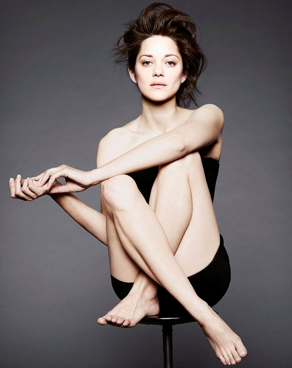 Brad Pitt, Angeline Jolie'yi aldatıyor mu? galerisi resim 3