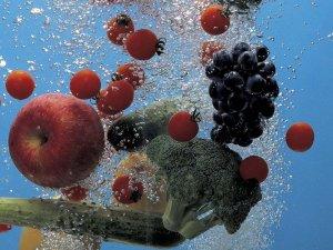Sebze ve meyveleri doğru yıkama yöntemleri