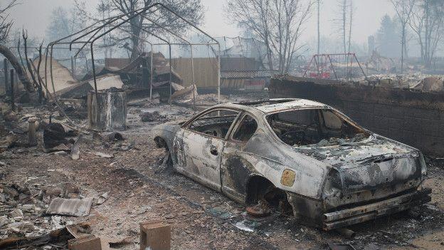 Kanada'da yangın: Bir kentin yüzde 20'si yandı galerisi resim 3