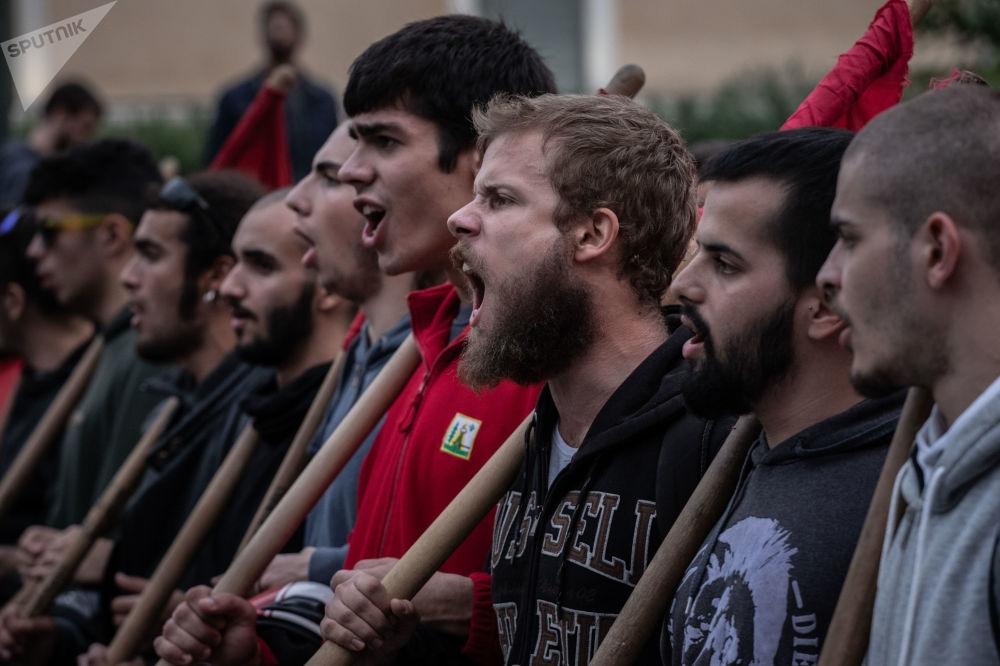 Protesto gösterilerinin yaşandığı Atina'dan kareler galerisi resim 1
