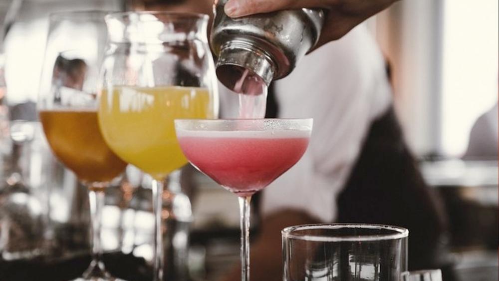 Dünyanın en çok alkol tüketen ülkeleri açıklandı galerisi resim 1