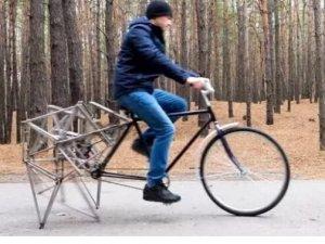 Yürüyen bisiklet yaptılar!