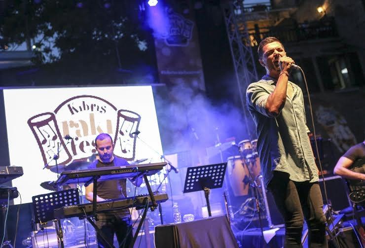 Rakı Festivali İrem Derici ve Eril Cambaz ile başladı! galerisi resim 2