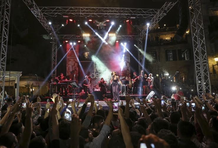 Rakı Festivali İrem Derici ve Eril Cambaz ile başladı! galerisi resim 9