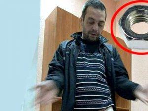 Aldatılan kadının intikamı! Kocasının cinsel organına civata somonu takt