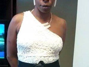 52 yaşındaki kadın, öpüştüğüi erkek arkadaşının dilini kopardı