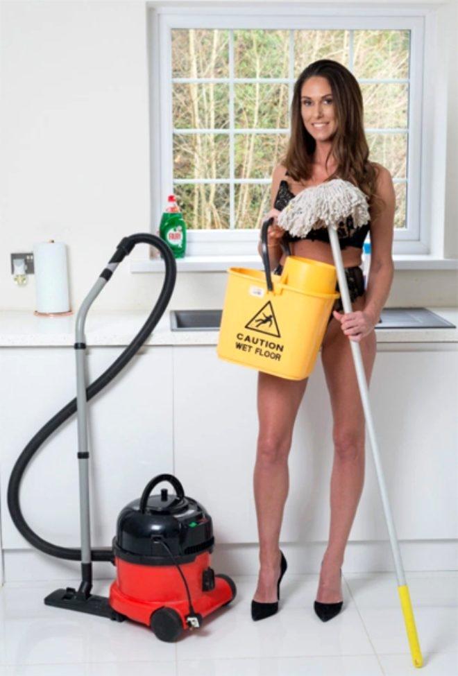 Evlere çıplak temizliğe gidiyor, saatte 750 TL kazanıyor! galerisi resim 1
