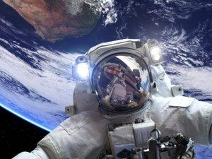 NASA astronotunu arıyor! İşte Ay'a ve Mars'a gitmek için arana