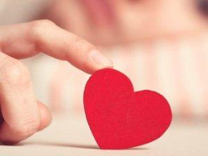 Aşk raporu: Gerçek aşka inanılıyor mu, ideal evlilik yaşı kaç?