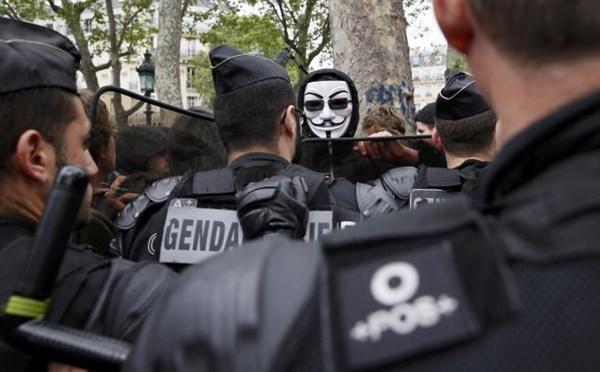 'Mezarda emekliliğe' ses çıkartmayanlara emsal:Fransa! galerisi resim 2