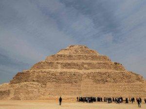 Mısır'ın en eski piramidinin içinden görüntüler