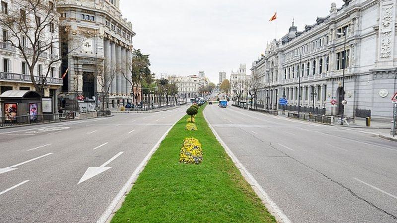 Dünyanın en kalabalık şehirlerinde sokaklar boşaldı galerisi resim 19
