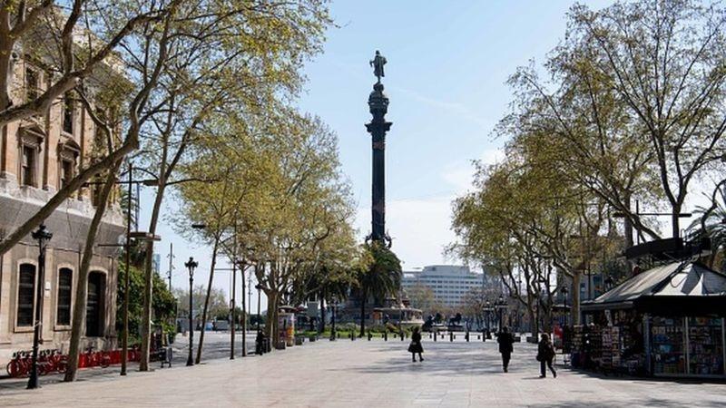 Dünyanın en kalabalık şehirlerinde sokaklar boşaldı galerisi resim 5