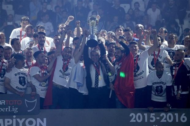 Şampiyon Beşiktaş kupasına kavuştu galerisi resim 15