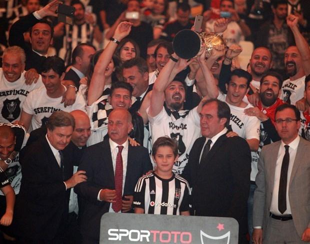 Şampiyon Beşiktaş kupasına kavuştu galerisi resim 2