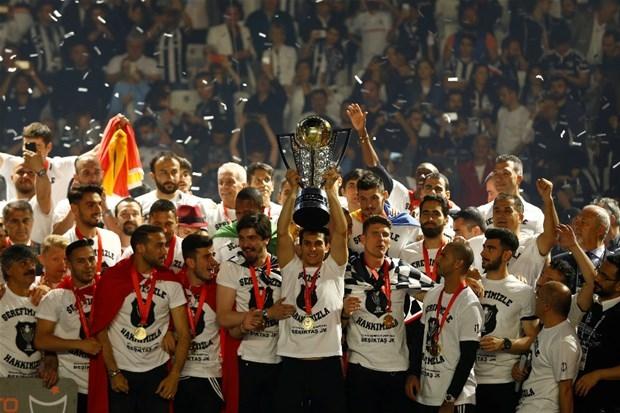 Şampiyon Beşiktaş kupasına kavuştu galerisi resim 27