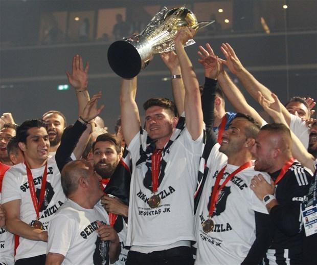 Şampiyon Beşiktaş kupasına kavuştu galerisi resim 3