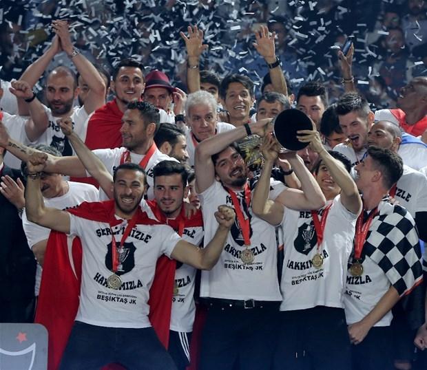 Şampiyon Beşiktaş kupasına kavuştu galerisi resim 30