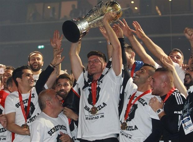 Şampiyon Beşiktaş kupasına kavuştu galerisi resim 6