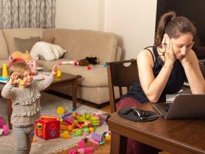 Evden çalışanlar iş ve özel hayatı nasıl ayırmalı?