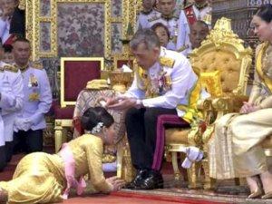 Salgın başlayınca kendisini haremiyle lüks otele kapatan Tayland Kralı