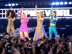 Victoria Beckham katılmadığı Spice Girls turnesinden 1 milyon pound kaza