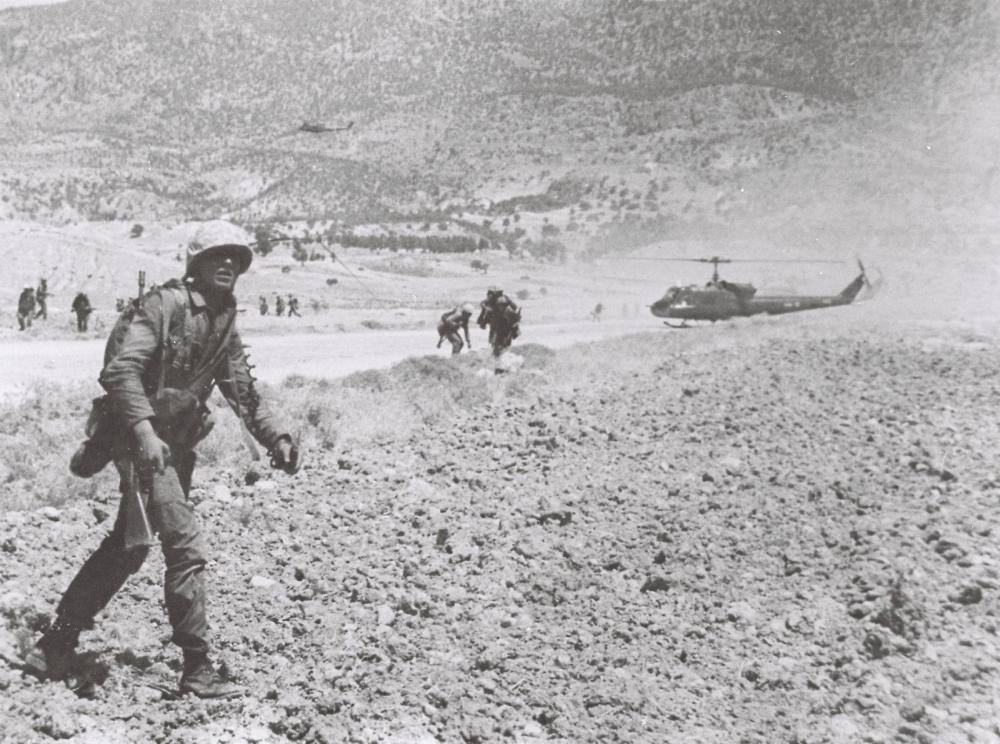 Kıbrıs Barış Harekatı'nın 46. Yılına özel tarihi fotoğraflar galerisi resim 1