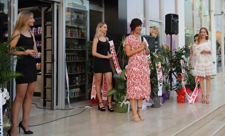 Başbakan Ersin Tatar Gazimağusa'da mağaza açılışına katıldı galerisi resim 7