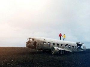 Uçak kazasından sağ kurtulmanızı sağlayacak 9 bilgi!