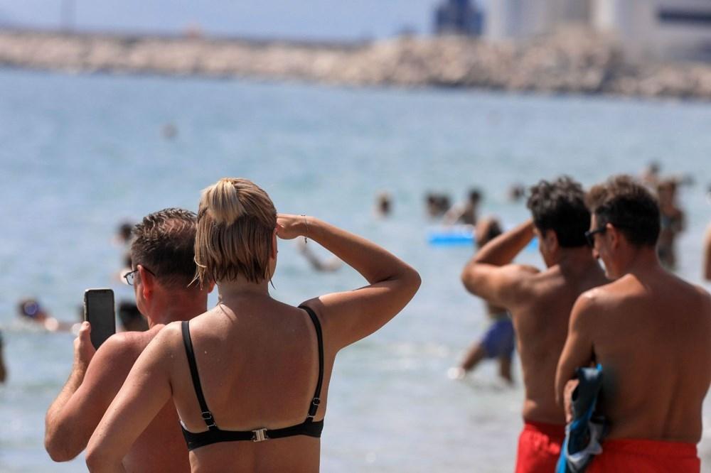 Konyaaltı Sahili'nde görülen Türk denizaltısı turistleri şaşırttı galerisi resim 2