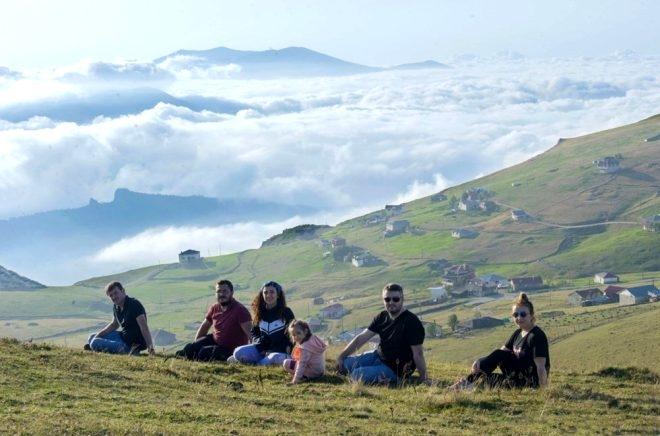 Bulutların üzerindeki yayla seyri doyumsuz manzarasıyla büyülüyor galerisi resim 6