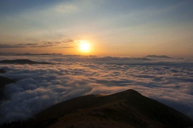 Bulutların üzerindeki yayla seyri doyumsuz manzarasıyla büyülüyor galerisi resim 7