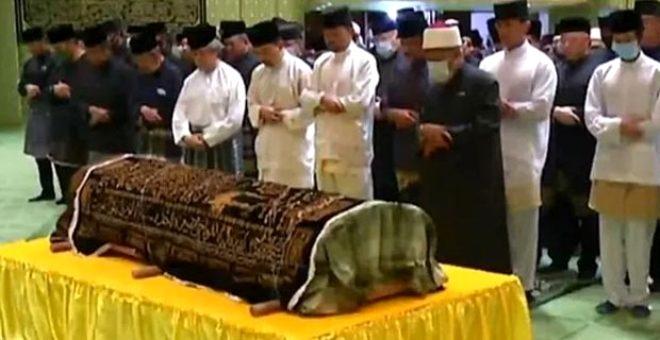 Brunei'in playboy Prensi Azim, 38 yaşında hayatını kaybetti galerisi resim 1