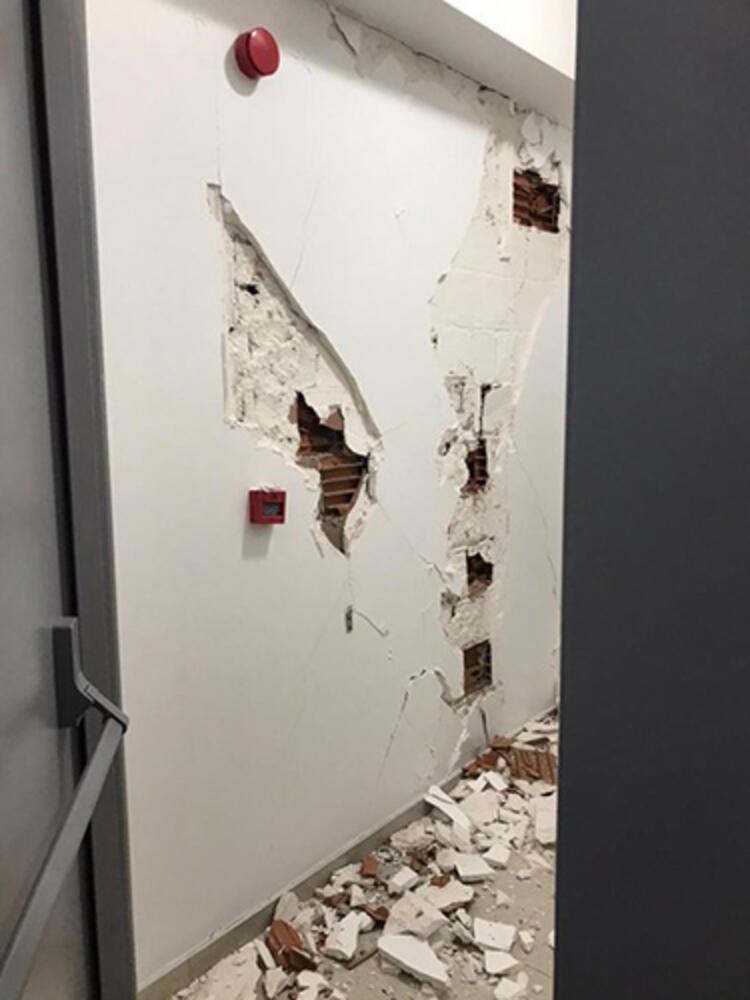 Son Dakika! İzmir'deki deprem ilk görüntüler! galerisi resim 6