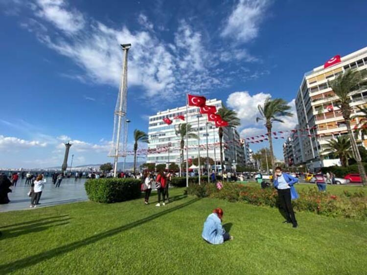 Son Dakika! İzmir'deki deprem ilk görüntüler! galerisi resim 8