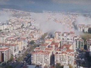 Son Dakika! İzmir'deki deprem ilk görüntüler!