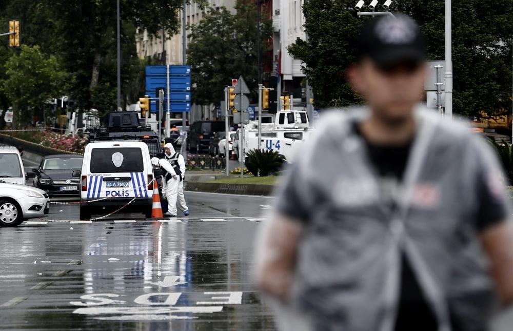 Foto Galeri: İstanbul'da Bombalı Saldırı galerisi resim 10