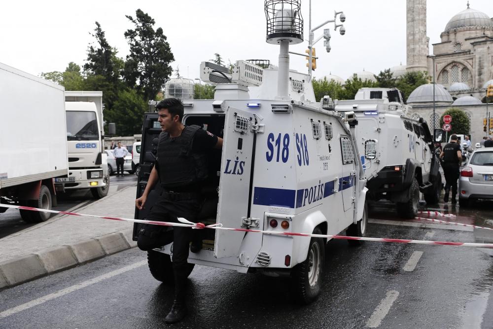 Foto Galeri: İstanbul'da Bombalı Saldırı galerisi resim 21